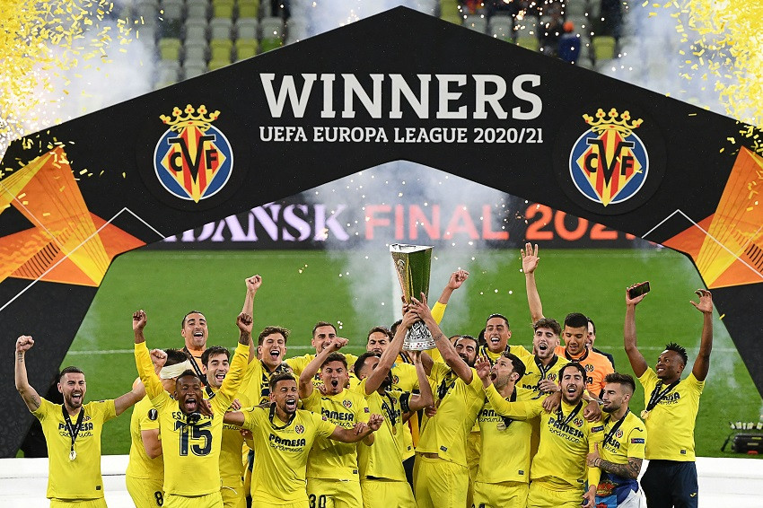 El Villarreal de Pervis Estupiñán conquista la Europa League (Video)