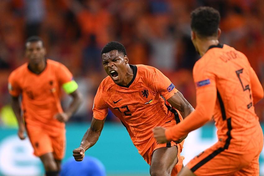 Países Bajos se impone en emocionante encuentro ante Ucrania (Video)