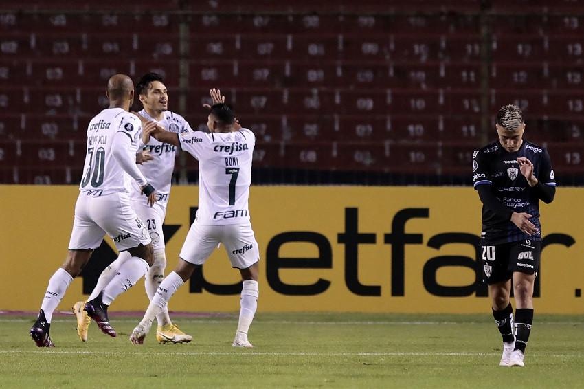 Palmeiras clasifica y termina con el invicto de local de Independiente del Valle (Video)
