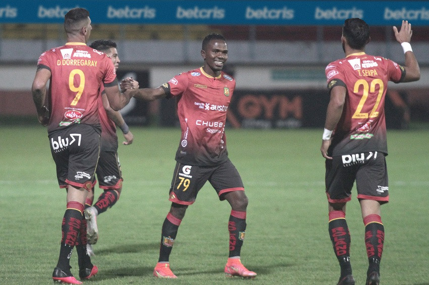 Deportivo Cuenca frena la mala racha con triunfo sobre Técnico Universitario (Video)