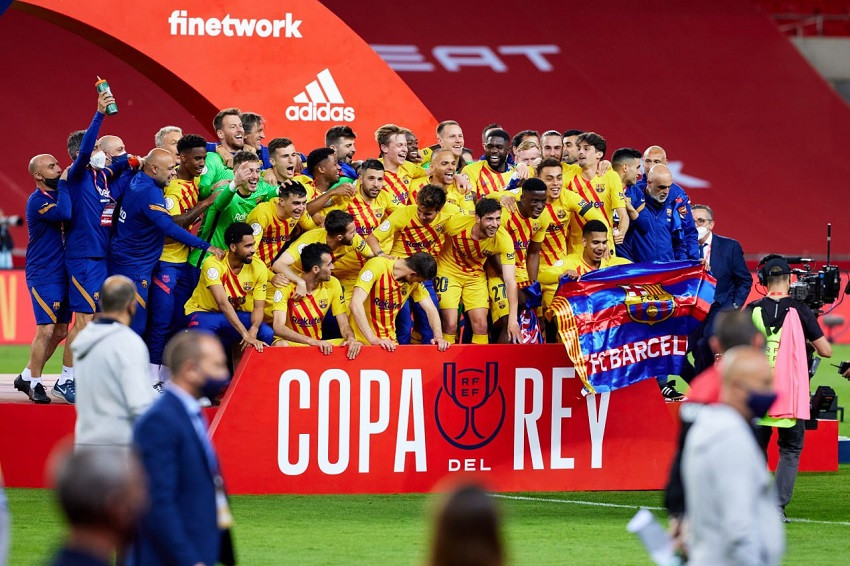 Barcelona, con doblete de Messi, conquista la Copa del Rey (Video)