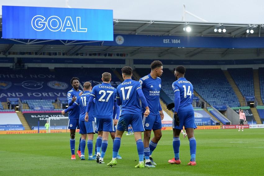 Leicester prueba a un Manchester City encaminado a recuperar la Premier