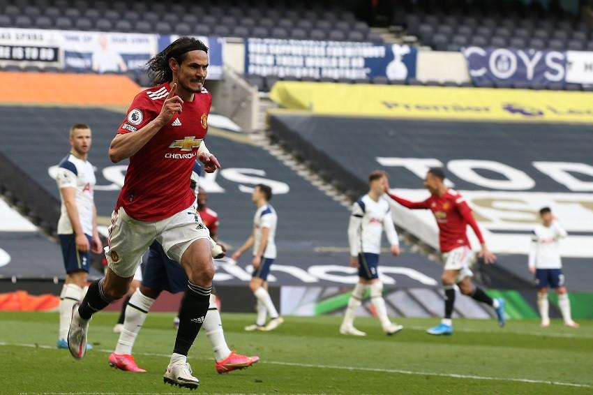 Cavani lidera remontada del United contra Tottenham (Video)