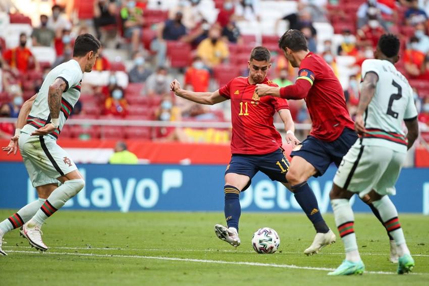 España, con la mira desviada a una semana de la Eurocopa