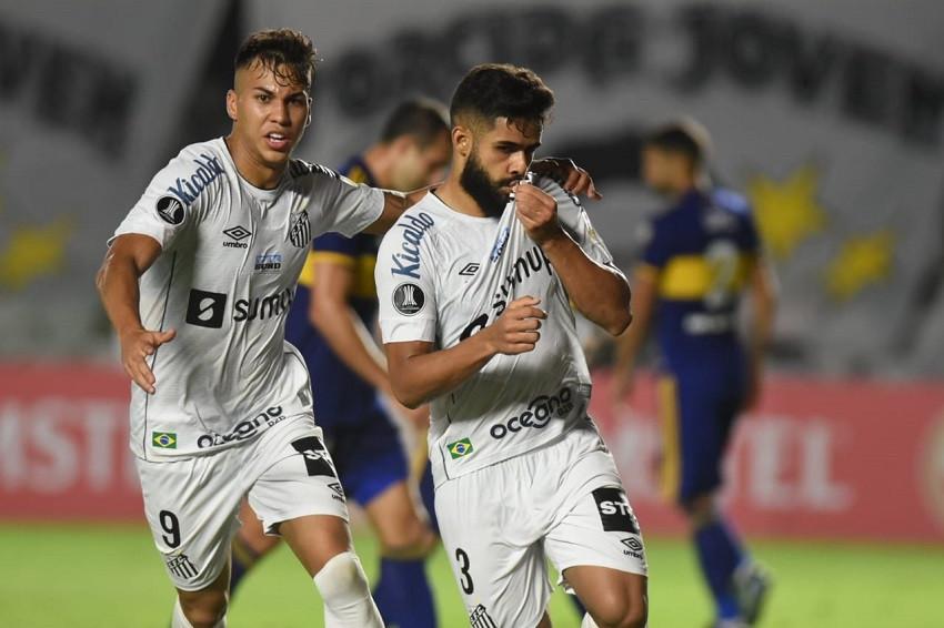 Santos supera a Boca y vuelve de lleno a la pelea en el grupo de Barcelona (Video)