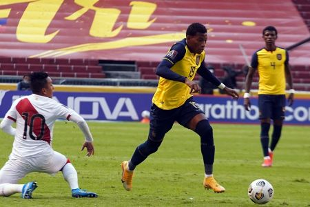 La Tri, con variantes para enfrentar a Colombia