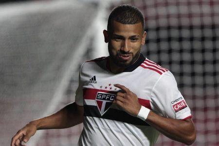 Joao Rojas anota golazo en victoria del Sao Paulo (Video)