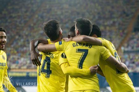 Villarreal de Pervis Estupiñán toma ventaja en semifinales de Europa League (Video)