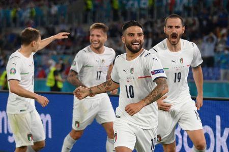 Italia golea a Turquía en arranque de la Eurocopa (Video)