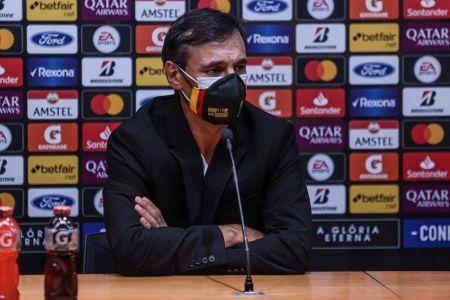 Bustos detalla la fórmula para vencer a Santos en Libertadores
