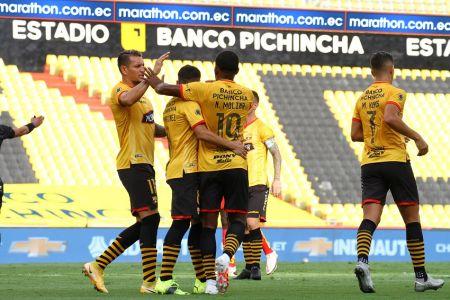 Barcelona se estrena en Libertadores frente a un Santos con dudas