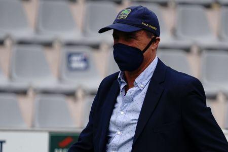 Macará destituye al entrenador Eduardo Favaro