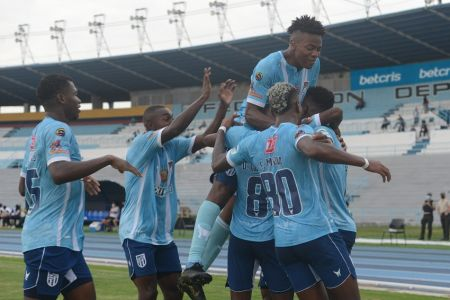 9 de Octubre doblega con autoridad a Liga de Quito (Video)