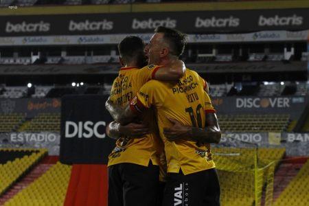 Barcelona presenta camiseta conmemorativa para celebrar a Guayaquil