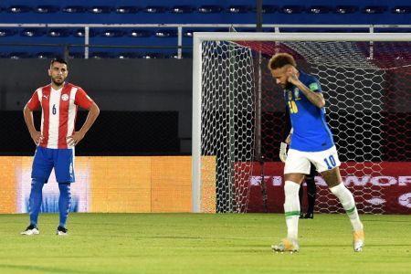 Brasil mantiene paso perfecto con triunfo sobre Paraguay (Video)