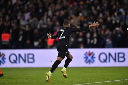 (Video) PSG, sin Messi ni Neymar, logra remontada con gol de Mbappé