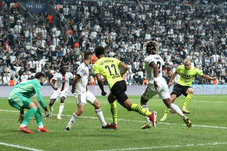 (Video) Haaland anota un gol en estreno victorioso del Borussia Dortmund
