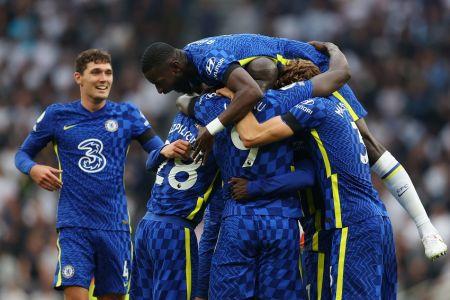 (Video) Chelsea impone su poder contra Tottenham para liderar la Premier