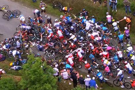 El Tour de Francia anuncia medida contra espectadora que provocó caída masiva en primera etapa