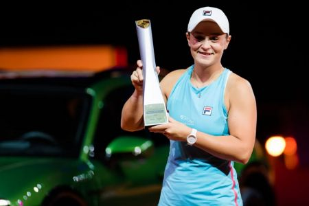 Ashleigh Barty conquista el torneo de Stuttgart (Video)